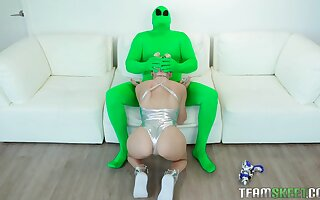 Masked dude rams curvy ass blonde in a dirty kink on a chaise longue