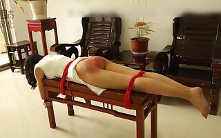 Habituated lashing in Asia - Fetish bondage