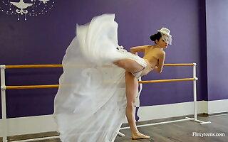 Irina Brovkina shows her gymnastic talents