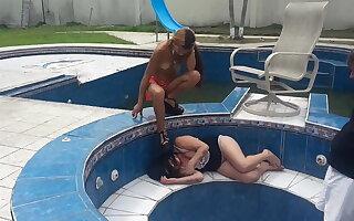 latian teen dominate her family