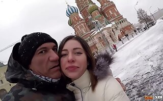 Hot Spanish defy Marco Banderas picks up Russian girl on high burnish apply Red Square