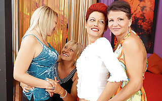 Four Old And Young Lesbians Having A Party On Bed - MatureNL