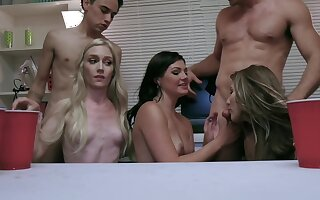 Horny and booze-hound chicks are blowing some guys to the fore strip