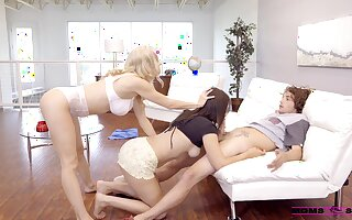 Cougar mom joins the fun between her daughter with an increment of her BF