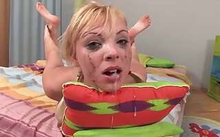 Lewd old bag Ivona rough face fuck video